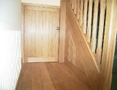 Shortened oak contempary door