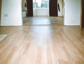 budget-maple-effect-laminate-flooring-in-rented-property