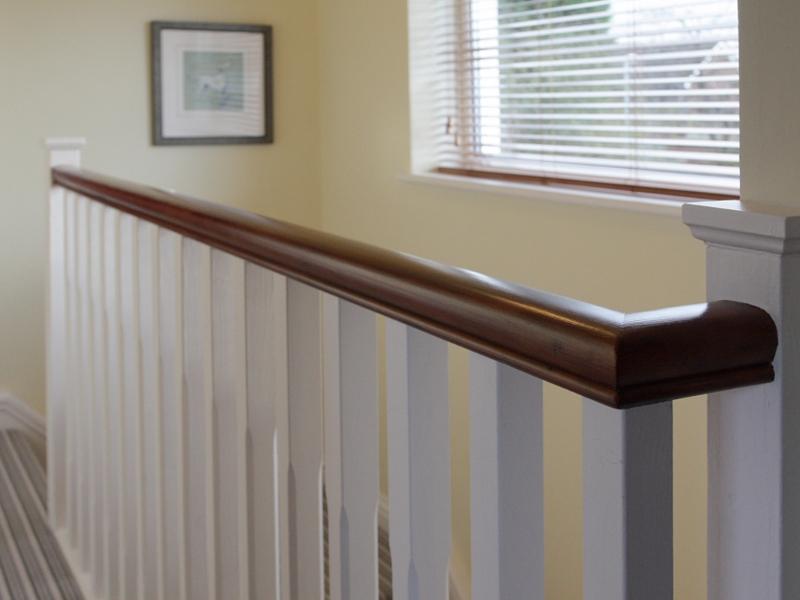 800-landing-new-handrailspindles