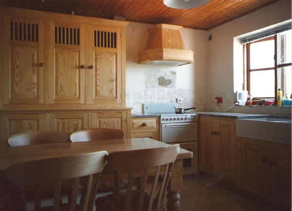 Yellow Pine Kitchen