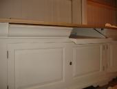 drop-down-dummy-serpentine-drawer-fronts-to-house-av-equipment