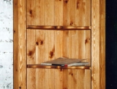 pine-corner-cupboard-with-traditional-denbighshire-pattern-top-rail