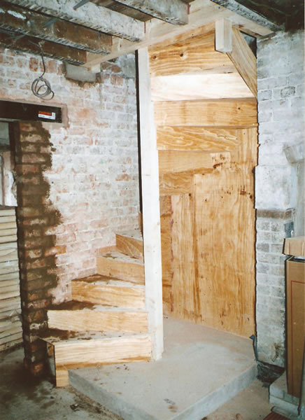 Temporary spiral stairs built from sutttering ply